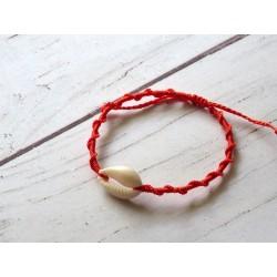 Bracelet macramé et cauri