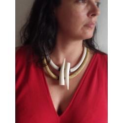 Collier ethnique corde et pointes en corne