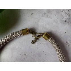 Collier corde et Hura crepitans