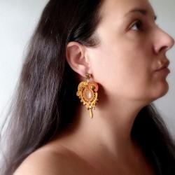 """""""GOLDEN"""" boucles d'oreilles soutache et cristal Swarovski, clous inox"""
