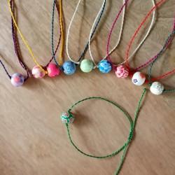 Bracelets 1 grosse perle fleurie