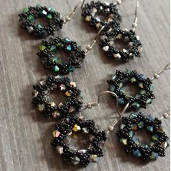 Anneaux perlés et cristal...